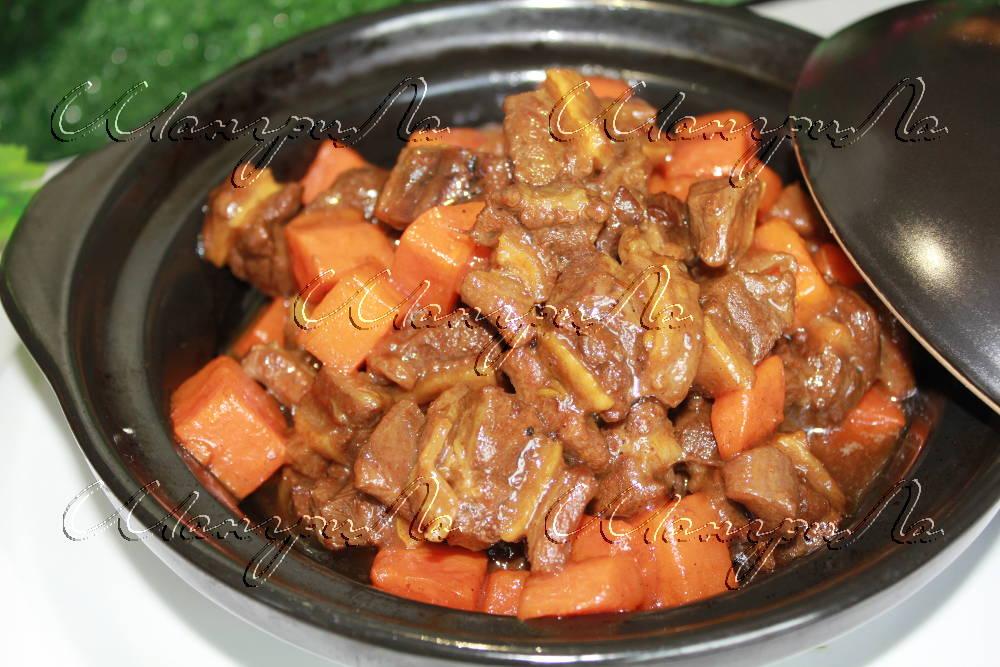 телятина-в-соусе-карри-с-морковью